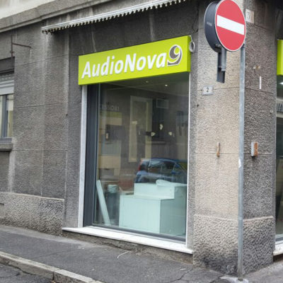 Insegne Audionova Busto Arsizio Varese 04