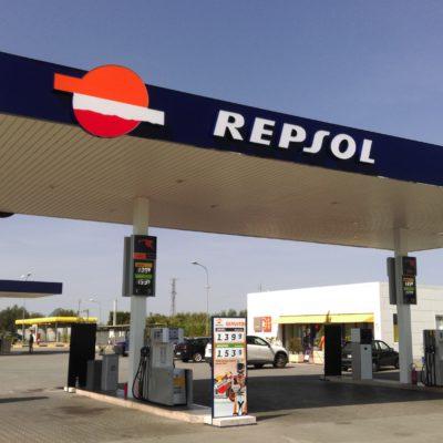 Insegne Repsol Valenzano Bari 02